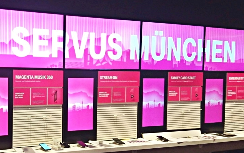 Digital Signage Installation im Deutsche Telekom AG Flagship Store München